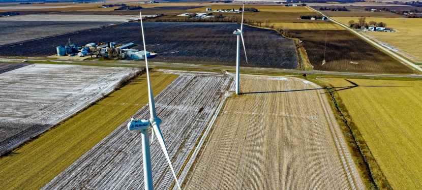 Tesla, le géant des voitures électriques d'Elon Musk, et Neoen producteur français d'énergies renouvelables veulent construire une batterie ultra puissante en Australie au profit du développementdurable.