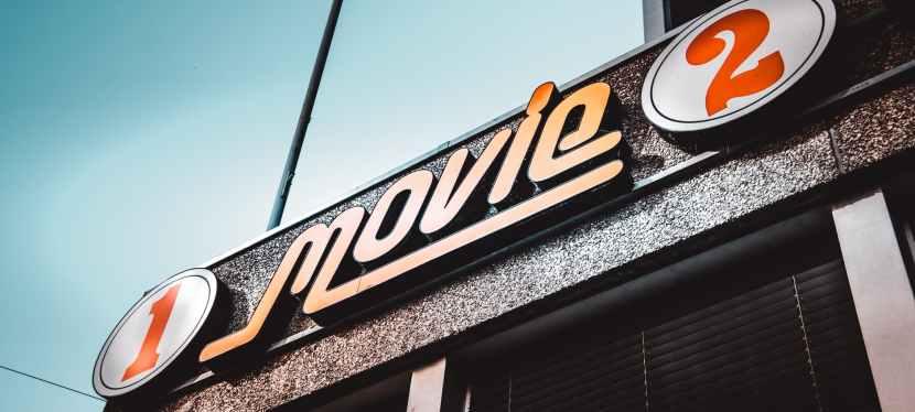 Vague de report de sorties des films en Amérique du nord et en Europe a cause de la pandémieCovid-19.