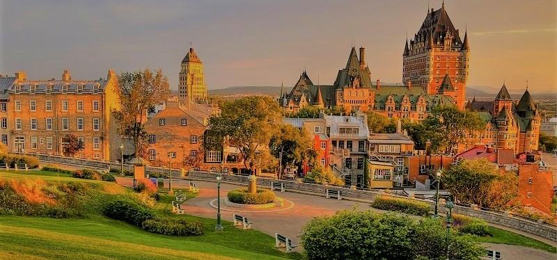 Le Quebec se reconfine et place aucouvre-feu
