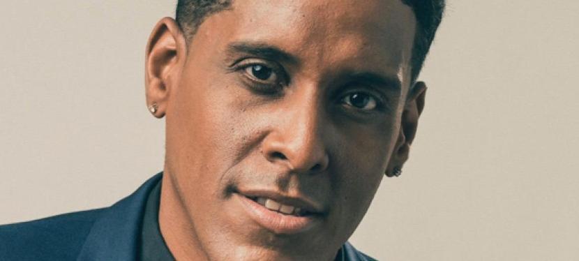 Mikaben Michael Benjamin un chanteur caribéen qui passe de présentation vient de sortir une nouvelle vidéo Marryme