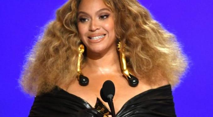 Grammy Awards 2021: Beyoncé et Taylor Swift battent desrecords